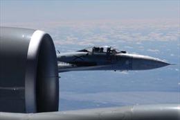 Mỹ tung ảnh tố Su-27 Nga tiếp cận 'không an toàn', cách máy bay do thám Mỹ chỉ 1,5m