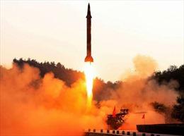 Triều Tiên khoe có thể 'vãi' tên lửa vòng quanh thế giới