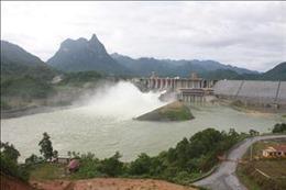Mở 2 cửa xả đáy Thuỷ điện Tuyên Quang