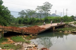 Tuyên Quang: Hiểm họa rình rập trong mùa lũ từ cây cầu gẫy