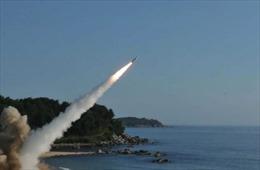 Phóng tên lửa ICBM, Triều Tiên bắn tín hiệu tranh 'ghế tài xế' khi đàm phán