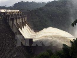 Nhiều hồ chứa phía Bắc đã đầy nước, mở thêm các cửa xả