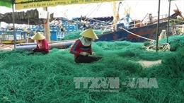 Trộm đi xuồng máy tốc độ cao trộm lưới rập của ngư dân