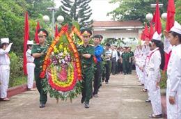 Sư đoàn 304 tổ chức đền ơn đáp nghĩa, tri ân các anh hùng liệt sỹ
