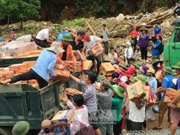 Hỗ trợ sản phẩm dinh dưỡng cho bà mẹ và trẻ em vùng bị lũ lụt