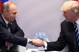 Tổng thống Trump cám ơn ông Putin, chọc giận Bộ Ngoại giao Mỹ