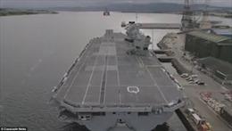 Tàu sân bay lớn nhất nước Anh để UAV lạ thản nhiên 'đột nhập' mà không hay biết