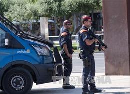 Sau loạt vụ tấn công tại Tây Ban Nha, tăng cường an ninh biên giới với Pháp