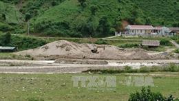 Lai Châu: 'Cát tặc' hoành hành trên dòng suối Nậm Nhùn