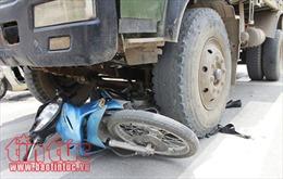 Đồng Nai: Xe tải đâm xe máy, hai người tử vong