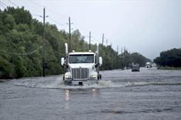 Sau siêu bão Harvey, nhà máy hóa học ở Texas có nguy cơ nổ tung trong vài ngày