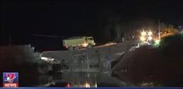 Sập cầu tại Tuyên Quang, 3 công nhân rơi xuống sông mất tích