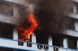 Cháy lớn tại trung tâm mua sắm ở Mumbai, Ấn Độ