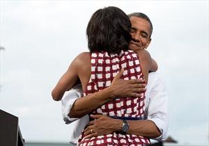 Tình cảm ấm áp ông Obama dành cho vợ