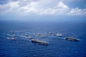 Tàu sân bay Mỹ rầm rập rẽ sóng Thái Bình Dương