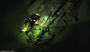 """Phát hiện """"nghĩa địa"""" hơn 40 tàu đắm dưới đáy Biển Đen"""