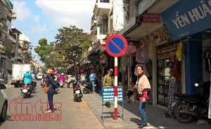 Quận Hoàn Kiếm duy trì lực lượng chức năng để giữ trật tự vỉa hè