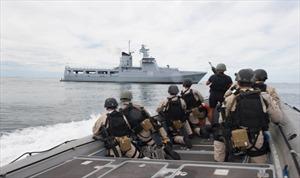 Nhật ký ảnh hoạt động của Hải quân Mỹ trên Biển Đông