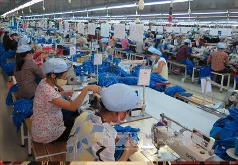 Ngân hàng tung gói hỗ trợ, tăng vay thấu chi cho doanh nghiệp