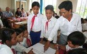 Dạy chữ J'rai và Bahnar cho hơn 11 ngàn học sinh