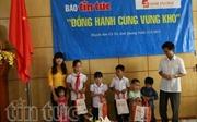 'Đồng hành cùng vùng khó' đến với huyện đảo Cô Tô
