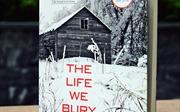 """Tiểu thuyết """"Cuộc sống tự chôn vùi"""""""