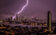 Cận cảnh London ngập nặng sau trận mưa dông