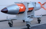 Tại sao Mỹ chế bom nguyên tử mới, còn Nga giữ vũ khí hạt nhân