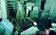Vụ cháy nhà chết 6 người: Do xe máy để trong nhà chập điện