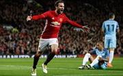 Manchester United biến Manchester City trở thành cựu vương