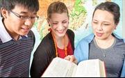 Nhiều học bổng cho sinh viên xuất sắc Việt Nam