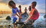 Hỗ trợ 2 tỷ đồng cho học sinh vùng lũ Quảng Bình