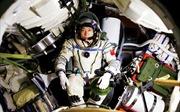 Tàu vũ trụ Trung Quốc bị người ngoài hành tinh gõ cửa?
