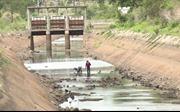 Sống cạnh thủy điện mà thiếu điện thiếu nước