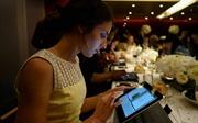 Nhà hàng đầu tiên trên thế giới dùng iPad làm đĩa ăn