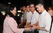 Hỗ trợ sinh viên nghèo về quê đón Tết
