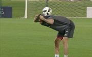 Robert Lewandowski khoe kỹ năng bóng đá đường phố