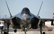 Mũ sắt của F-35 có thể làm gãy cổ phi công khi cất cánh