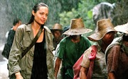 Ra mắt phim về Khmer Đỏ của Angelina Jolie