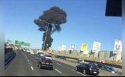 Máy bay rơi trúng trung tâm mua sắm, bốc cháy dữ dội ở Melbourne