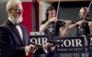 Nghe tuyệt phẩm nhạc cổ điển kết hợp bắn súng