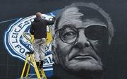 'Lọ lem' Leicester City sa thải 'bà tiên' Claudio Ranieri