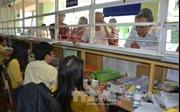 Cấp thẻ bảo hiểm y tế cho người dân các xã vùng bãi ngang