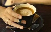 Uống cà phê thường xuyên ngăn chặn giảm trí nhớ