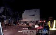 Xe khách đấu đầu xe tải trên đường Hồ Chí Minh, 12 người thương vong