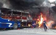 Hai xe đấu đầu bốc cháy gây tắc nghẽn quốc lộ 1A, đoạn qua Thanh Hóa
