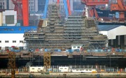 Trung Quốc sắp hoàn thành tàu sân bay tự đóng đầu tiên