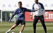 Cristiano Ronaldo, Gareth Bale và Karim Benzema nghỉ dưỡng sức đón những trận cầu khó