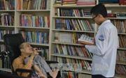 Không gian đọc đặc biệt của chàng trai khuyết tật