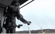 Xem người máy Nga bắn súng điêu luyện bách phát bách trúng